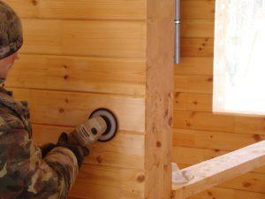 Шлифовка профилированного бруса внутри дома